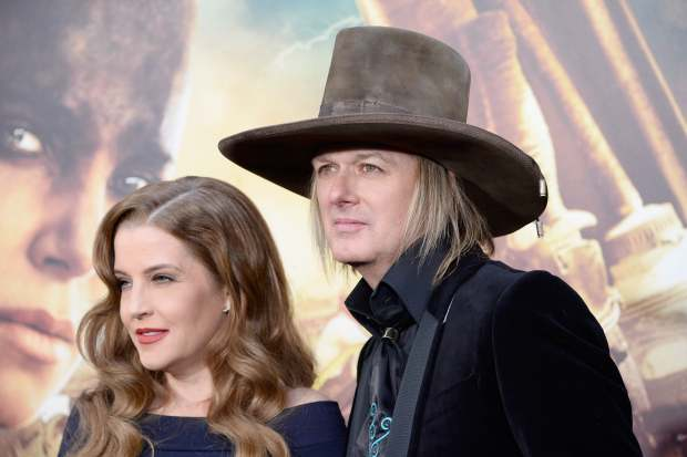 Lisa Marie Presley Can T Take Kids To Elvis Birthday Party