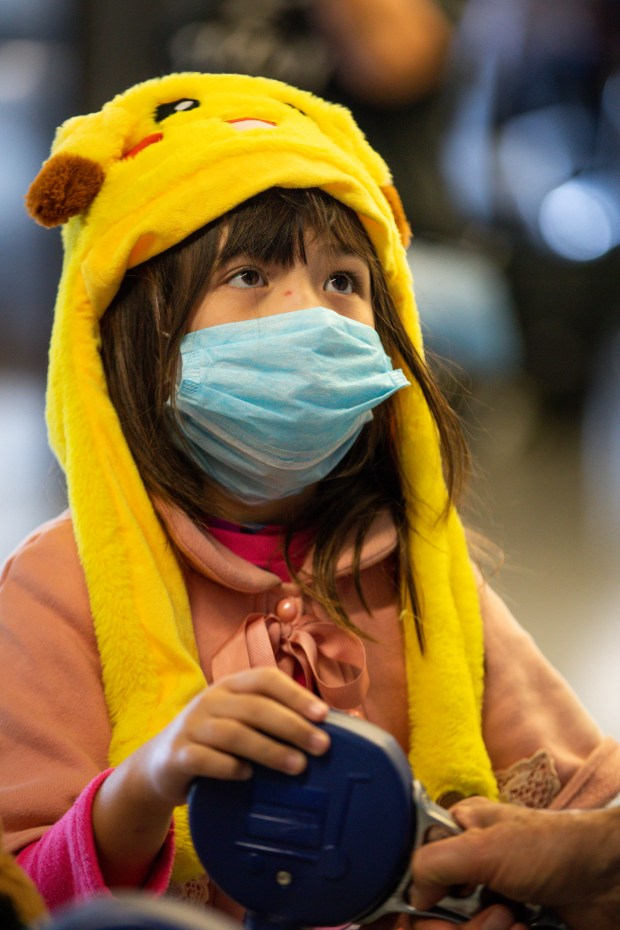 "Coronavirus: Neighbors call cops, people go ""bizonkers"" over the quarantined girl next door"
