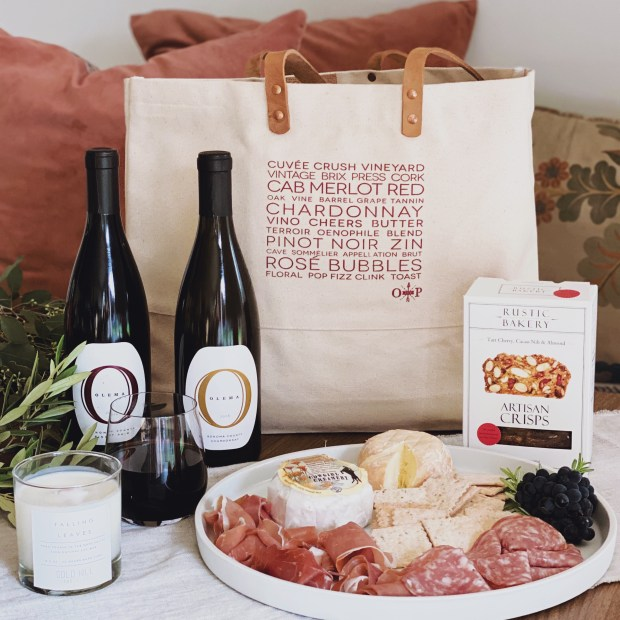 12 Perfect Holiday Gifts For Foodies Drink Lovers And Adventurers