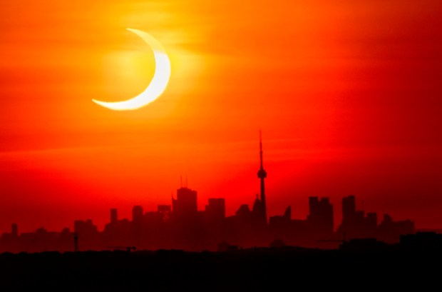 Photos: Solar eclipse a spectacular show in northern parts of U.S. and globe
