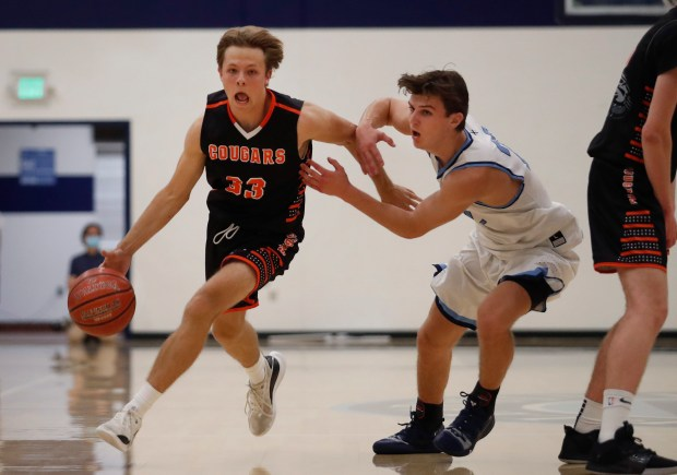 CCS boys basketball: Half Moon Bay holds off Bellarmine in wild finish to reach Open semifinals 5