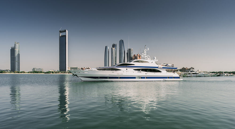 Abu Dhabi F1 Yacht Charter Available – 37m Luxury Superyacht