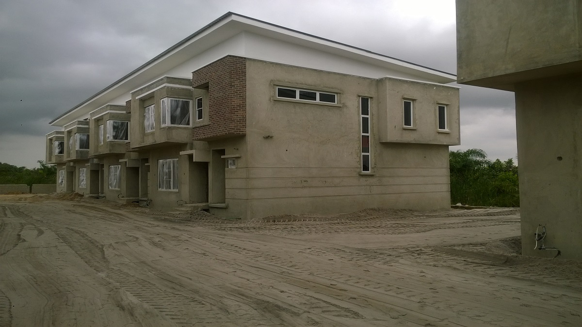 SANDWORTH HOMES presents Luxurious fully furnished in Abraham ...