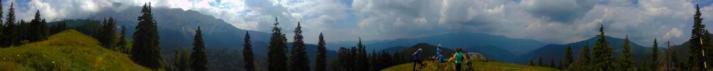 Panorama cu Piatra Craiului si Marele Grohotis