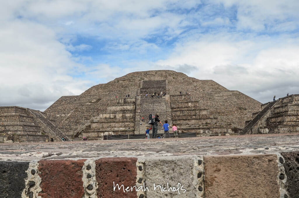 pyramid of the moon