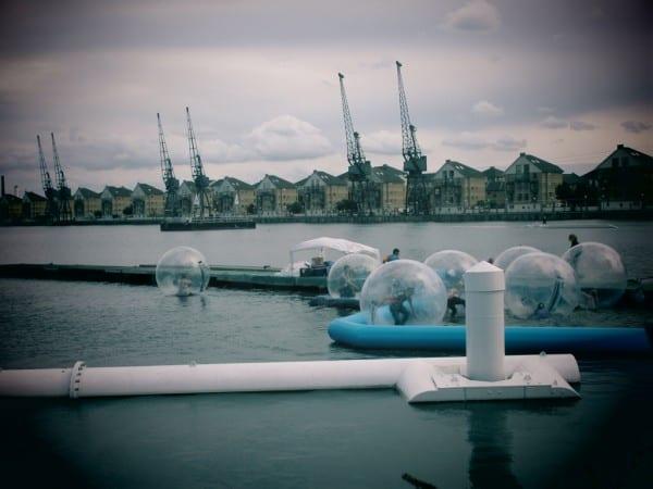 Aqua Balls, Londres