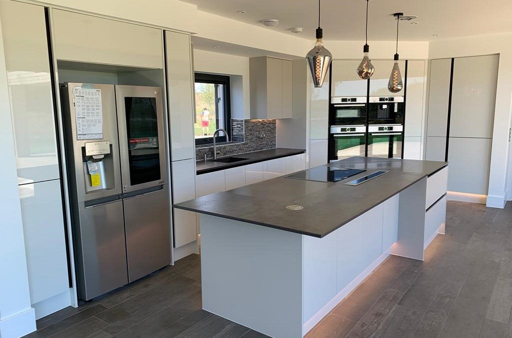 Modern Kitchen -Lakeside Living – Dorchester