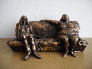 Tomba C. Sul sofà
