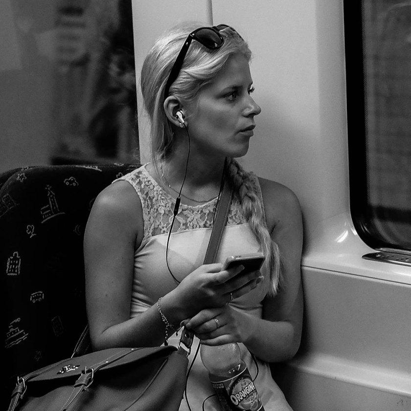 porträtt-tunnelbanan-#2-(1-av-1)