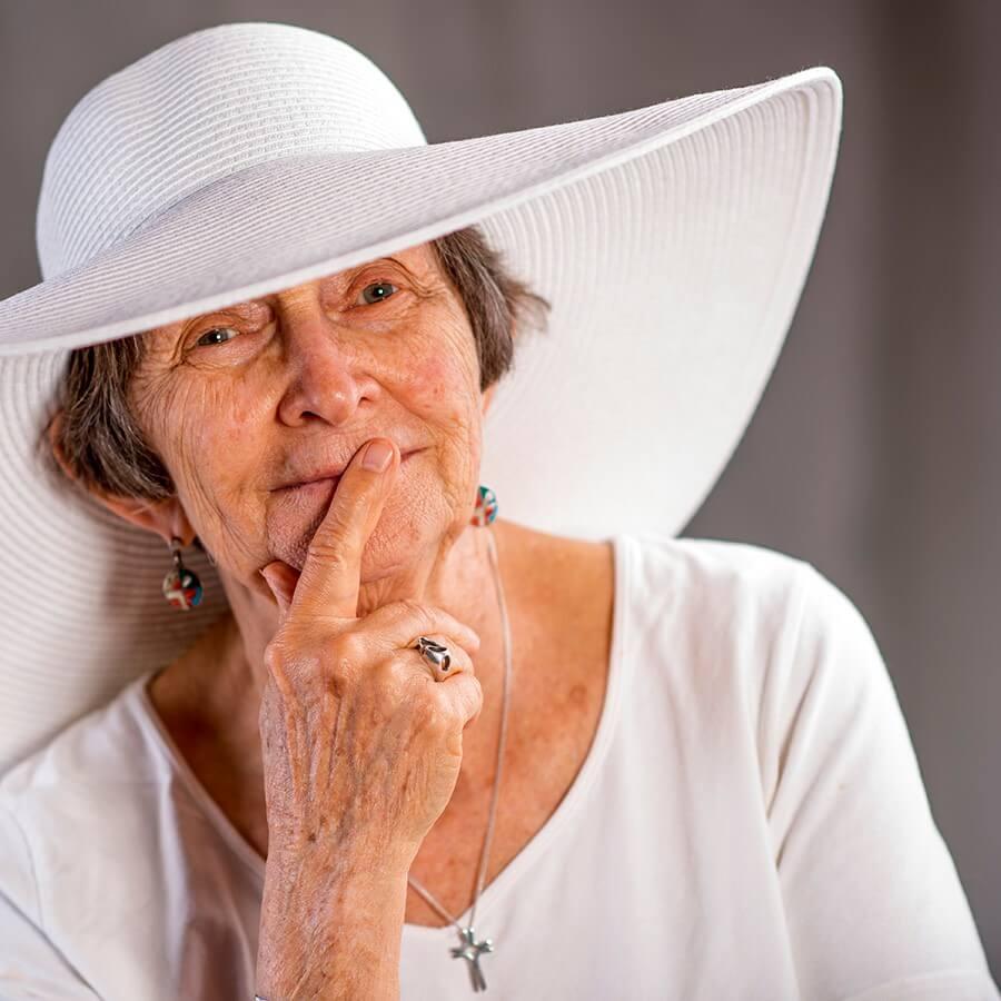 Fredericka White Hat