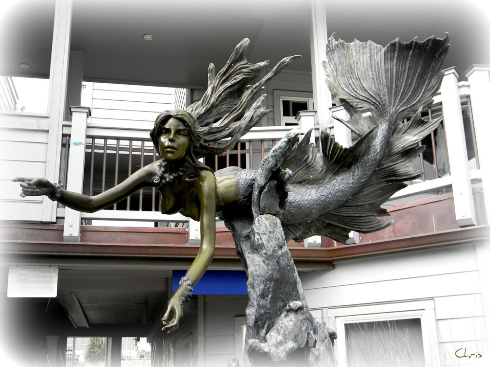 The Cayucos Mermaid sculpture