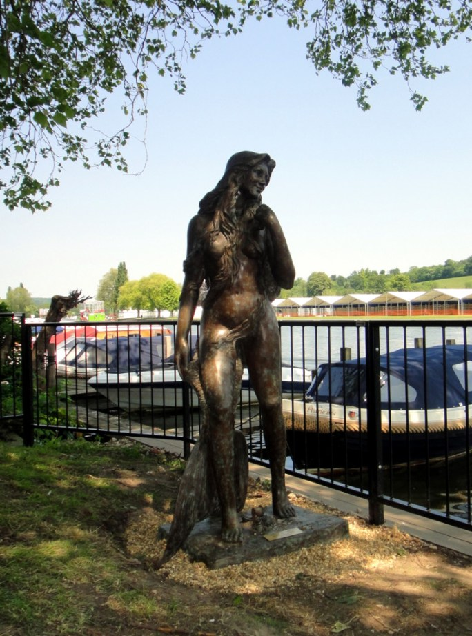 Ama of the Thames mermaid sculpture