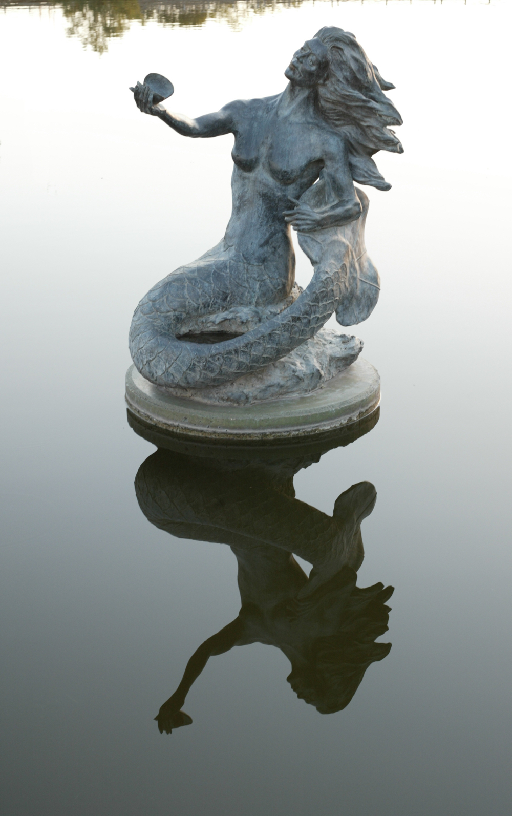 Pearl of the Conchos - a Mermaid statue in San Angelo, Texas