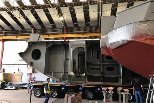 L'assemblage de la barge multiservice MultiSEEM 20-09 a été réalisé