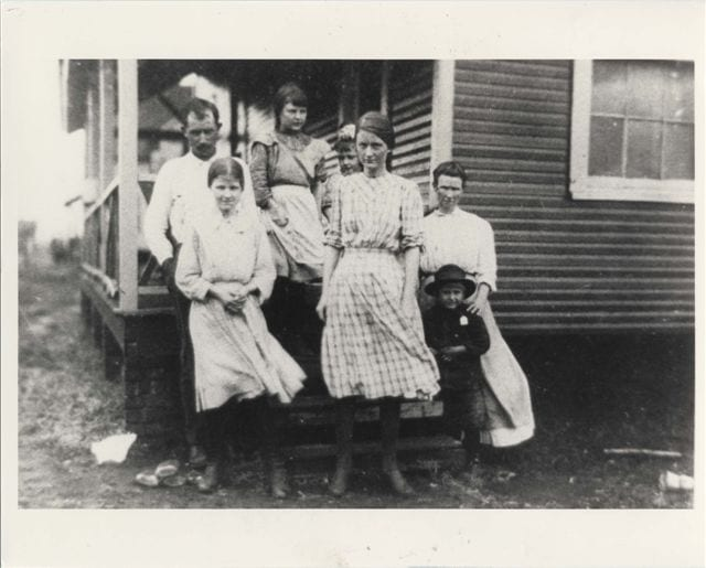 Merrimack Mill Sallie Mae Crews 1913