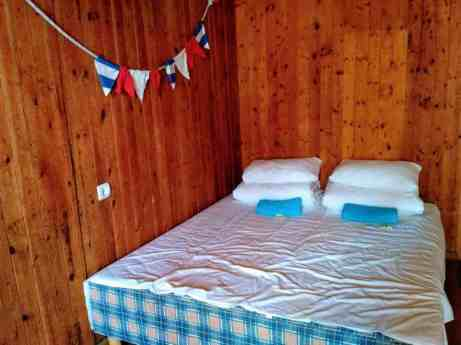 Double bed, towels and ear plugs - Sleep well!