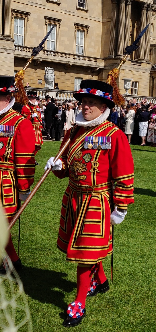 Yeoman of the Guard in Buckingham Palace garden