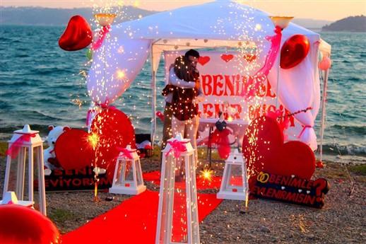 mersin romantik evlilik teklifi
