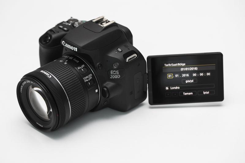 Bir SLR fotoğraf makinesinde video çekmeyi öğrenme