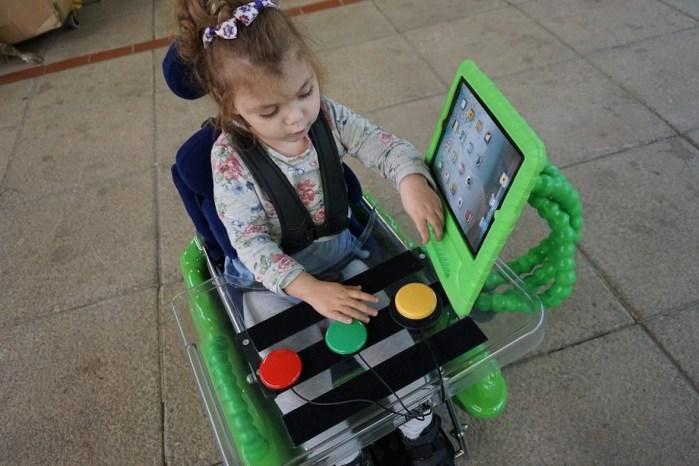 Flexzi 3 with iPad case