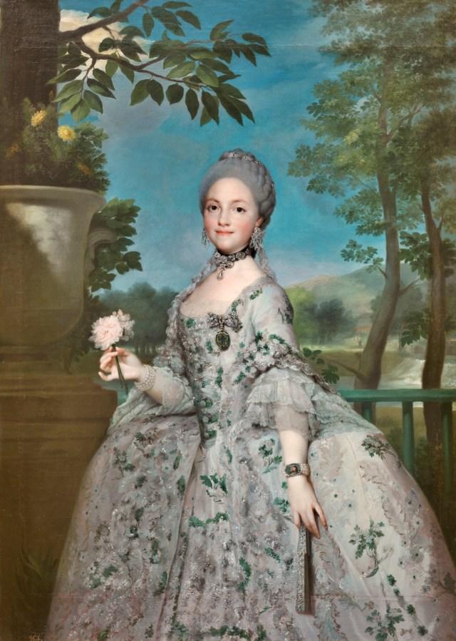 María Luisa de Parma, Princesa de Asturias. Anton Rafael Mengs Hacia 1765. Óleo sobre lienzo, 152,1 x 110,5 cm. https://www.museodelprado.es/coleccion/obra-de-arte/maria-luisa-de-parma-princesa-de-asturias/0e3462e3-ee85-4c38-9312-d9f66b069e08