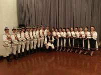 Dansatorii sibieni duc folclorul românesc în Serbia