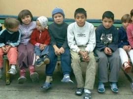 Internarea copiilor mai mici de 7 ani în centre de plasament, interzisă