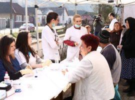 Consultații medicale gratuite pentru 100 de persoane din Boarta, Buia și Șeica Mare