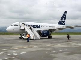 TAROM anulează mai multe zboruri interne şi externe în noiembrie şi decembrie