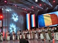 """Regal folcloric la festivalul național """"Ioan Macrea"""""""
