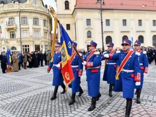 Jandarmii sibieni au primit noul drapel de luptă