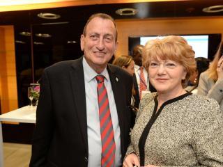 Astrid Fodor, alături de primarul orașului Tel Aviv, Ron Huldai