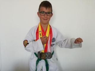 Povestea unui mic campion
