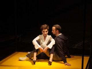 """Când """"te iubesc"""" trebuie redus la """"tubesc"""", într-un spectacol-eveniment la Teatrul Gong!"""