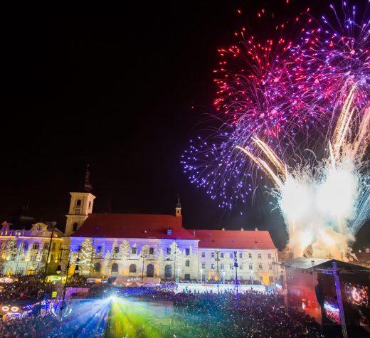 Revelion cu muzică românească de la noi și de peste Prut, în Piața Mare