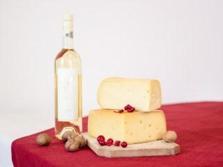 Brânzeturile maturate premium, tot mai apreciate de români