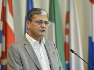 Cum vrea să mute ministrul Fondurilor Europene gândacii care pun în pericol finanțarea autostrăzii Piteşti-Sibiu