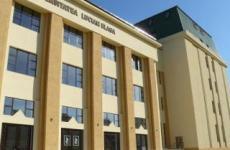 """Studenții Universității """"Lucian Blaga"""" își primesc bursele. Cursuri suspendate până în 14 aprilie"""