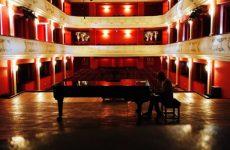 Începe seria de evenimente dedicate primăverii, organizate deFilarmonica Sibiu / Mesajul dirijorului Cristian Lupeș