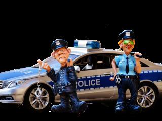 Medieșean cu permisul suspendat, tras pe dreapta de polițiști