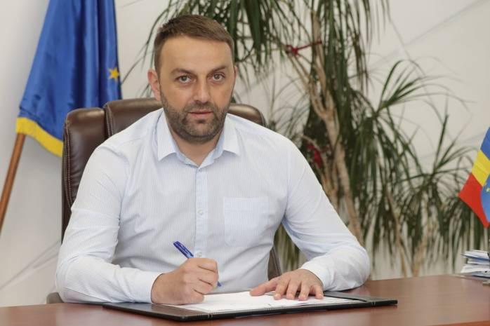 Primarul comunei Șelimbăr, Marius Grecu