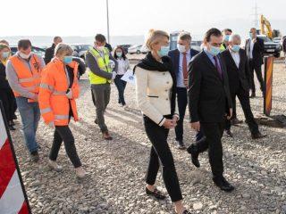 Guvernul PNL a obținut 875 milioane de euro de la Comisia Europeana pentru construcția Autostrăzii Sibiu-Pitești!(P.E.)