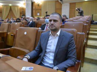 """Bogdan Trif: Votez """"cu două mâini"""" pentru tăierea pensiilor speciale ale parlamentarilor"""
