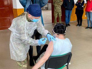 Prima zi de vaccinare mobilă în imagini