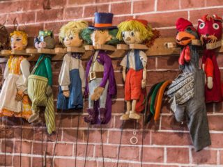 Se redeschid atelierele de creație pentru copii, la Gong
