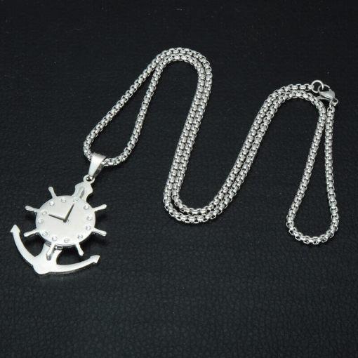 Collier avec pendentif Horloge Gouvernail fond noir