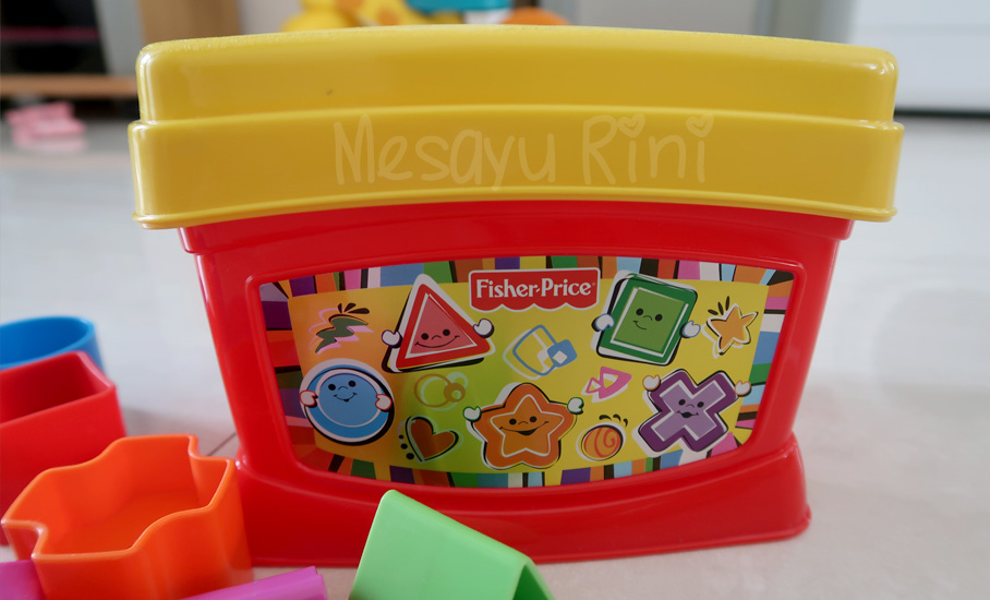 Review Fisher Price Baby's First Blocks
