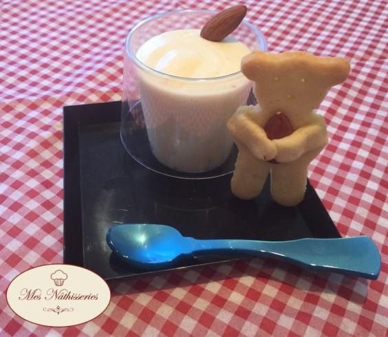 Mousse au chocolat blanc amande
