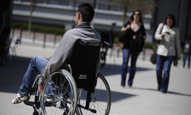 Petition: The elimination of the consideration of the spouse's income for the calculation of the disabled adult allowance!