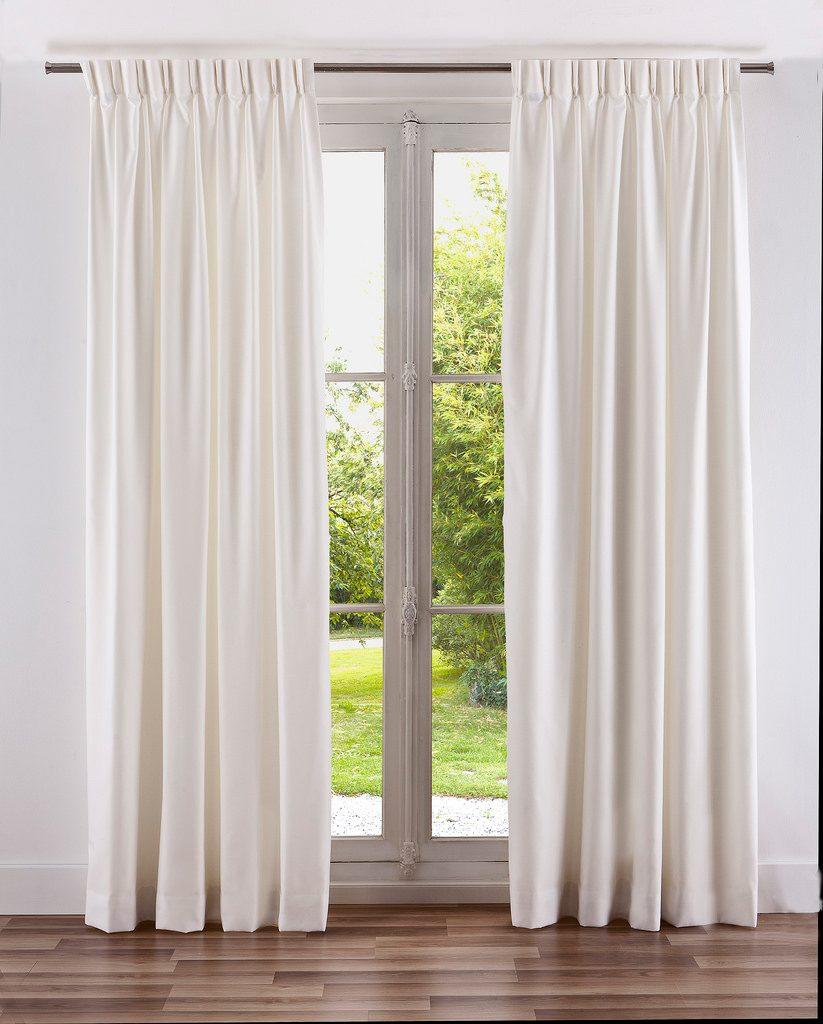rideaux blanc a plis